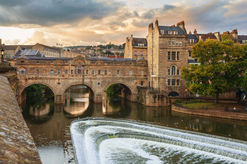 Pulteney Bridge Bath Copyright Diego Delso, delso.photo, License CC-BY-SA